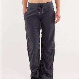 Lululemon Dance Studio Pants II in Coal Gray Sz 8